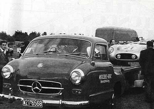 mercedes-300sl-transporter.jpg